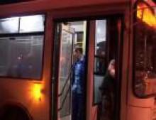 Ночные автобусы будут ходить и в сентябре